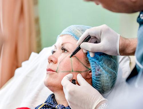 De plus en plus de seniors profitent des bienfaits de la chirurgie esthétique