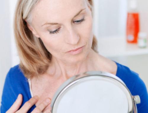 Les traitements à choisir pour corriger le relâchement du cou (première partie)