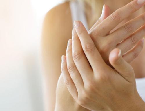 Rajeunir et prendre soins de ses mains : une nécessité au quotidien